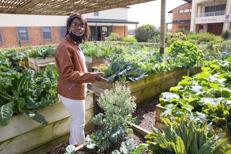 School That Grows Its Own Food Feeds